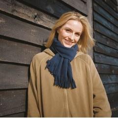 Polartherma,¢ tassel scarf