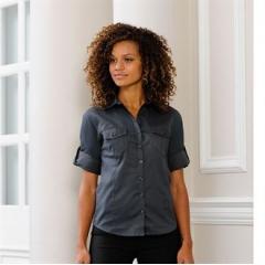 Women's roll-sleeve ¾ sleeve shirt