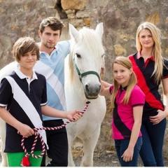 Kids diagonal stripe polo