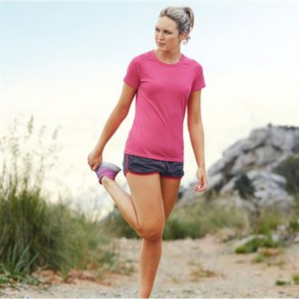Lady-fit performance tee