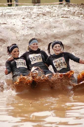 Team Esque Wolf Run tees